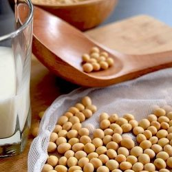 Laptele de soia, cea mai bună alternativă la laptele de vacă?