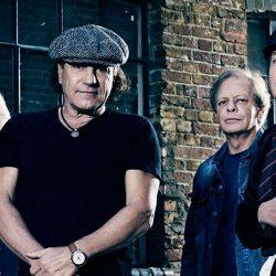 Un nou album AC/DC cu Brian Johnson revenit în trupă?