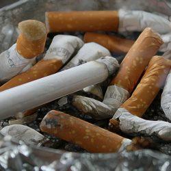 Legătura dintre demenţă şi fumat