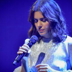 """Întrebări esențiale despre iubirea înflăcărată de la Katie Melua, """"A Love Like That"""""""