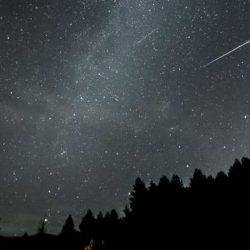 Încă o noapte cu ploaie de meteori!