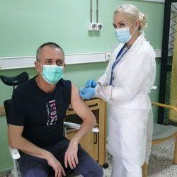 Medicii de la Reșița primesc a doua doză de vaccin anticovid
