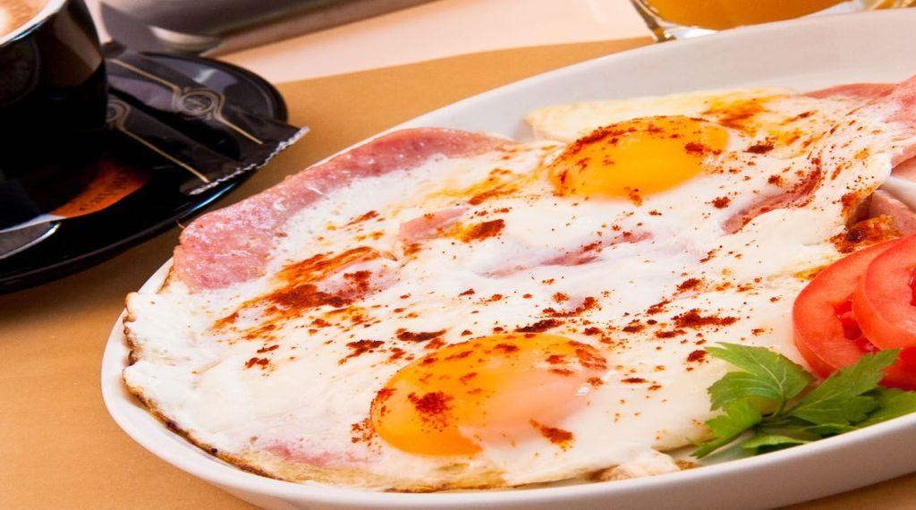 5-greseli-pe-care-sa-nu-le-faci-la-micul-dejun