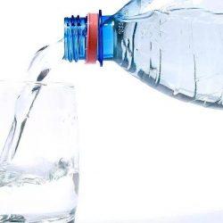 Câtă apă trebuie să bem în fiecare zi?