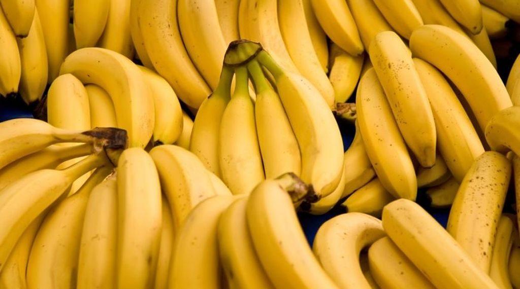 de-ce-au-bananele-forma-curbata