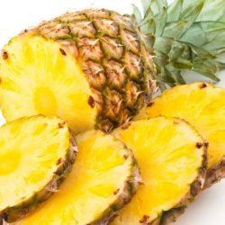 De ce când mănânci ananas îţi simţi gura aspră?