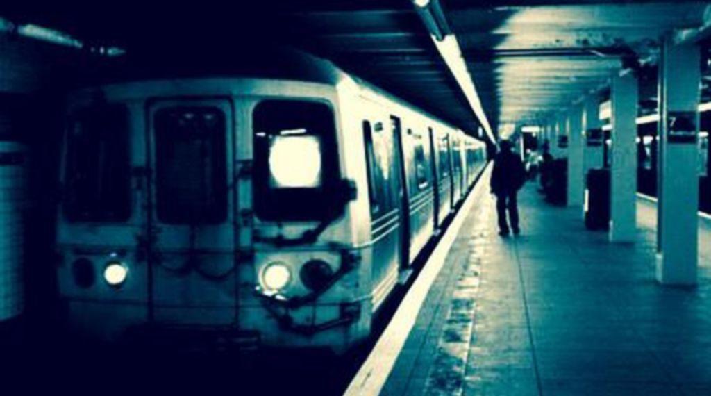 iubire-intr-o-statie-de-metrou