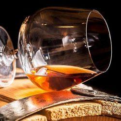 Ştiţi care este diferenţa dintre Armagnac şi Cognac? [VIDEO]