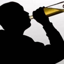 Te arde gâtul când consumi alcool? Iata de ce...